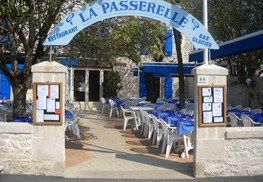"Restaurant ""La Passerelle"" - Coulon"