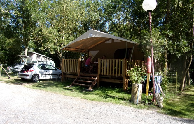 Camping des Conches 3 - Damvix